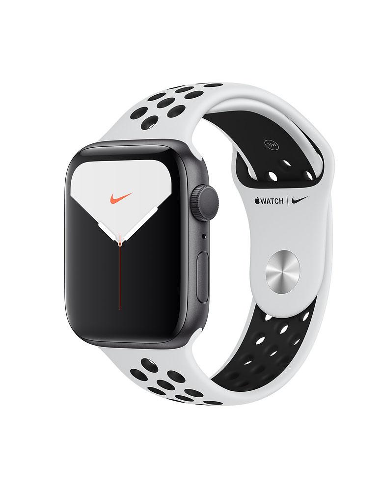 Apple Watch Series 5 Nike, 44 мм, корпус из алюминия цвета «серый космос», спортивный ремешок цвета Pure Platinum/Black